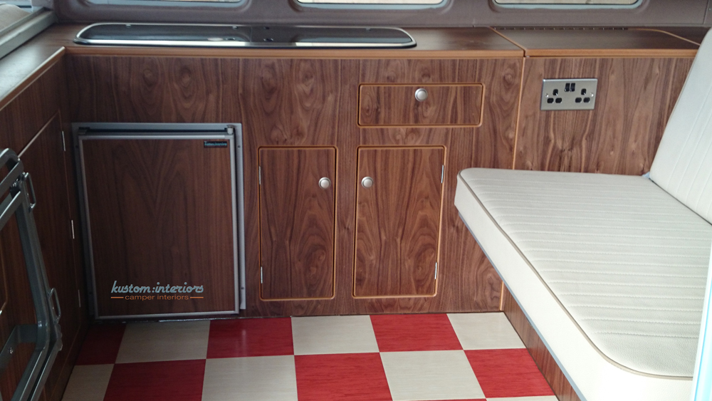 Kustominteriors_Patrick-split-screen-camper_0303
