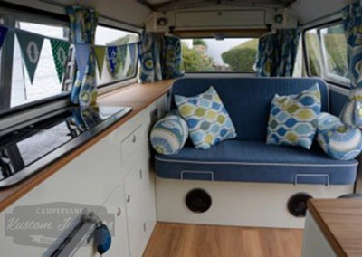 1978 VW T2 Bay with Kustom Classic Interior ned 3