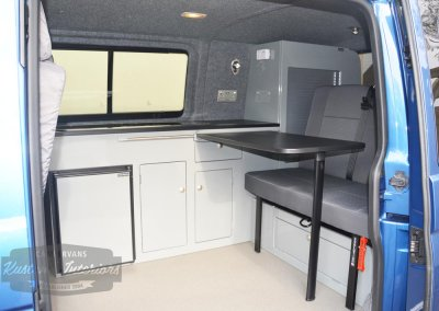 VW-T5-camper-conversion-2015-6-Kustom-interiors-transporter