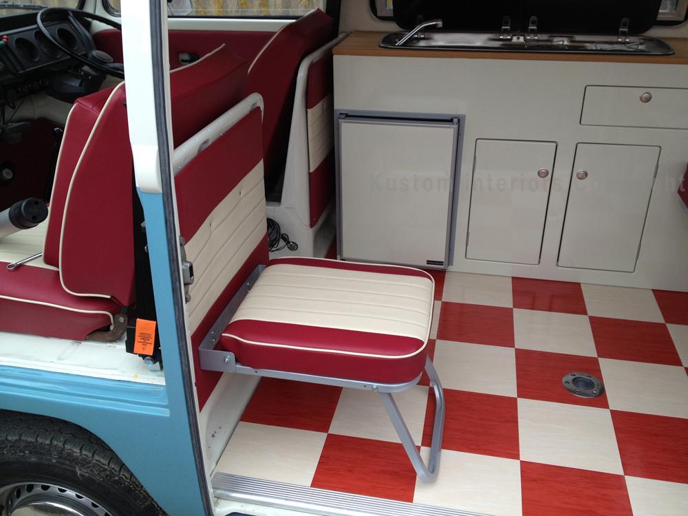 Kustom t2 bay paul 2 vw camper interiors camper for Vw t4 interior designs
